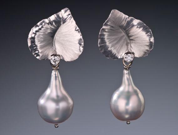 Heart Shaped Leaf Earrings