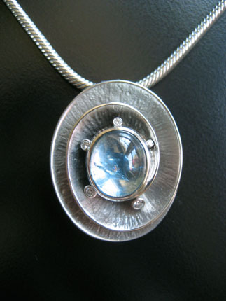 Oval Spiral Ring/Pendant