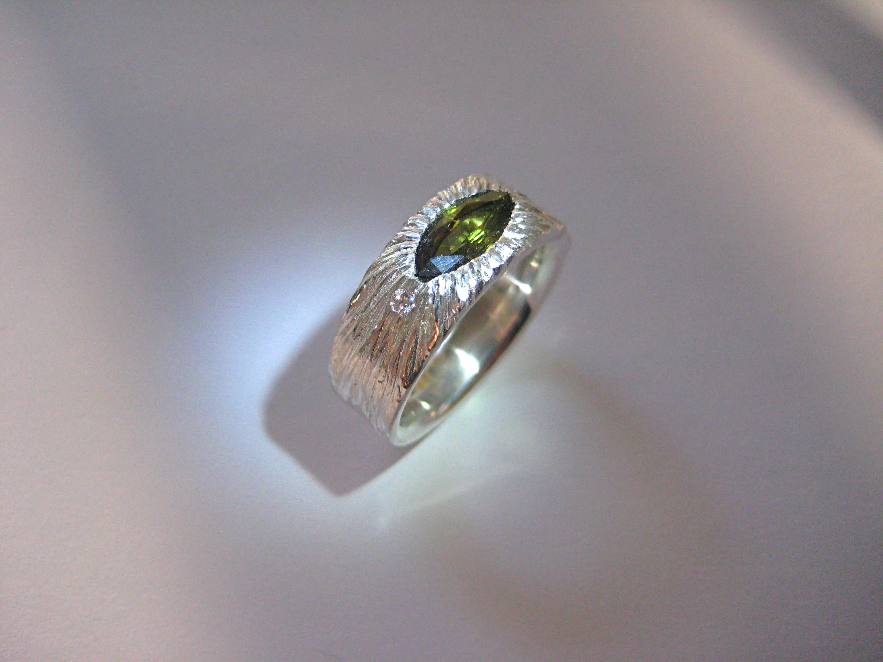 green sapphire and diamond