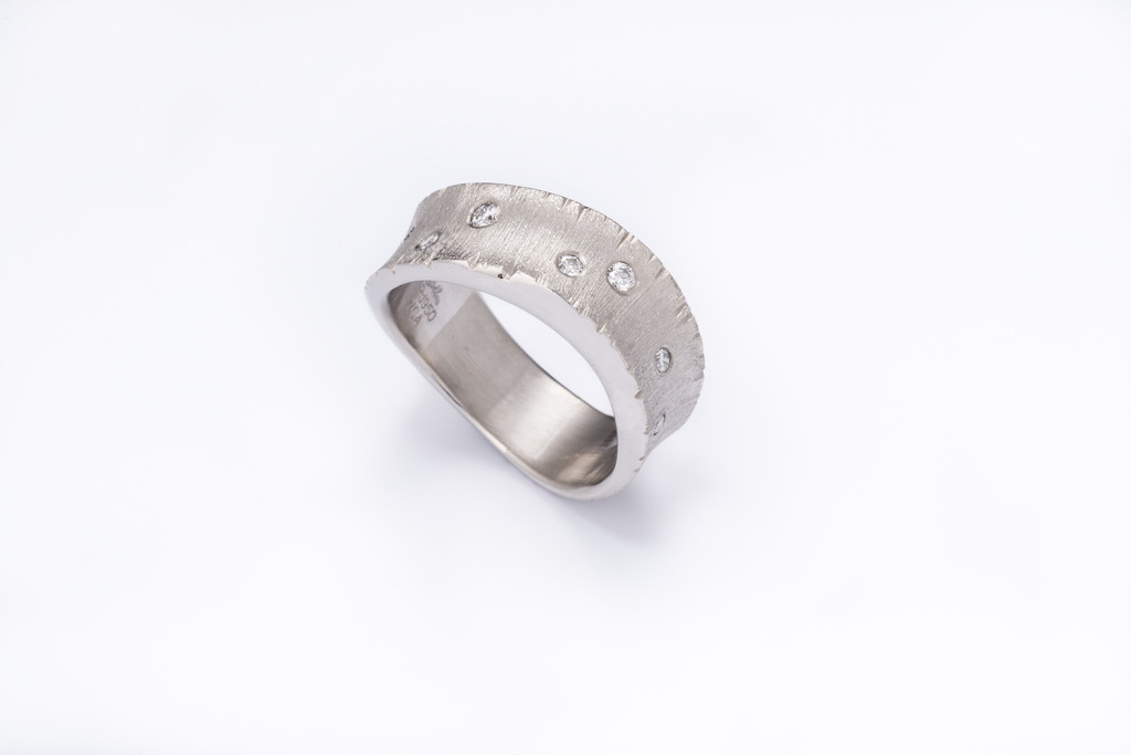 Palladium and Diamond ring photographed by Robert Weldon