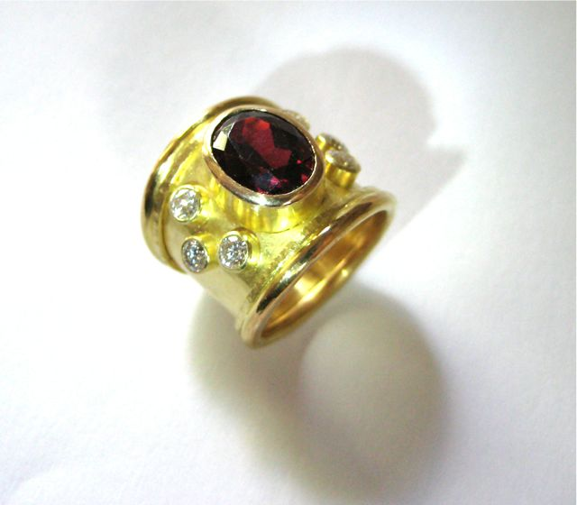 wide-tapered-gold-ring